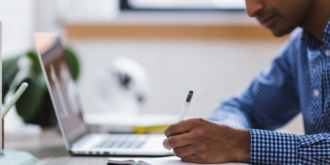 Un courtier ou un comparateur pour trouver la meilleure assurance de prêt immobilier ?
